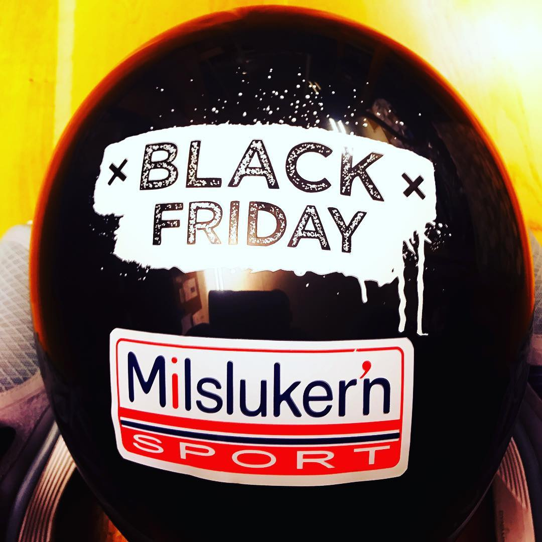 Black Friday shopping 25 November gjr et kupp helsvart daghellip