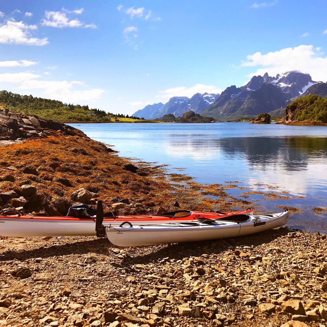 P tur med kajakk i Vesterlen og Lofoten Kajakkene frahellip